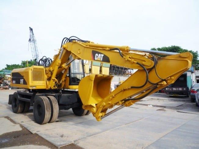 CATERPILLAR (CAT) M318 Mobile Excavator (1995) - Singapore Used
